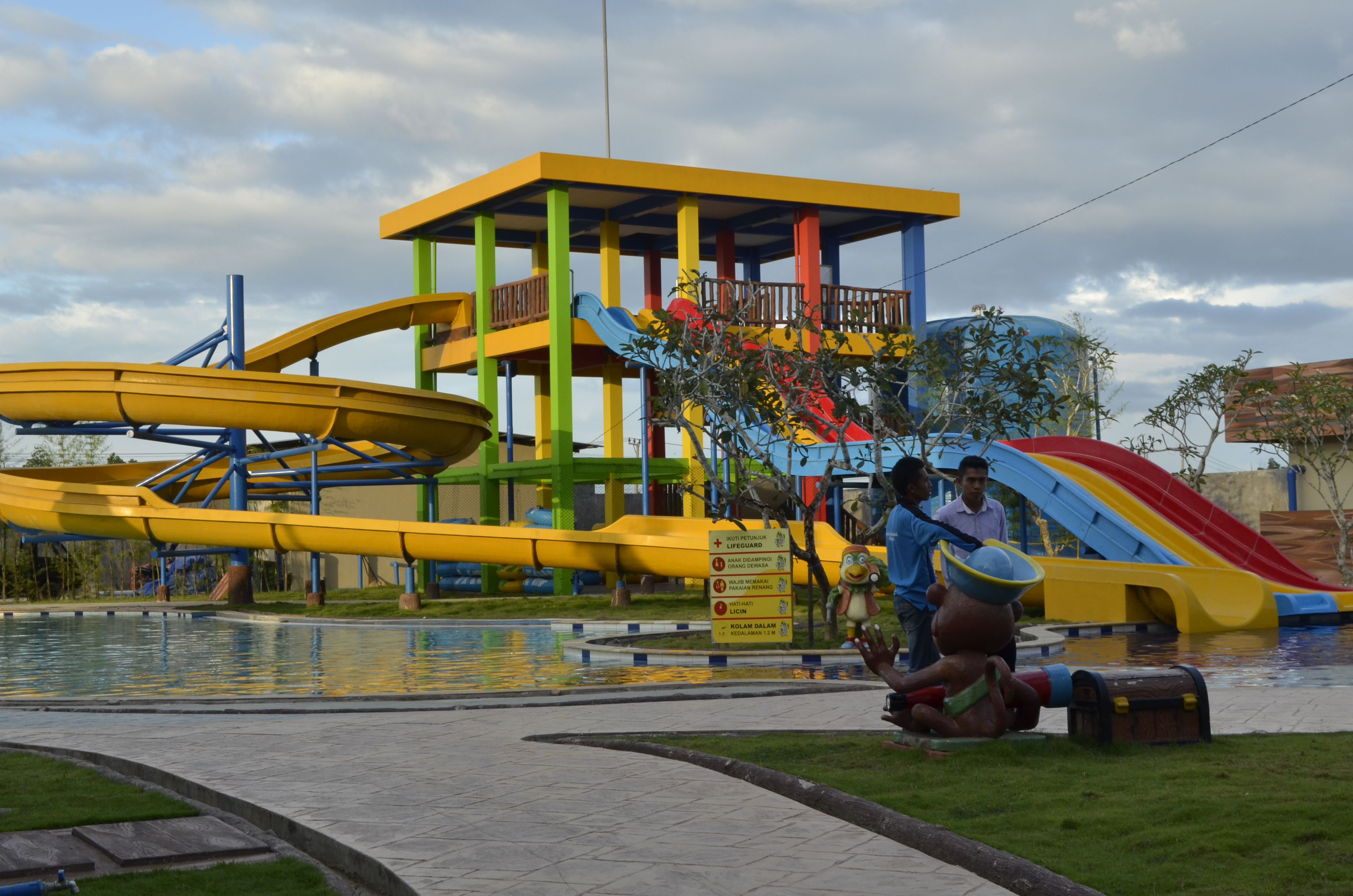 Citraland Waterpark Perumahan Kendari Fasilitas Satu Satunya Kota Taman Air