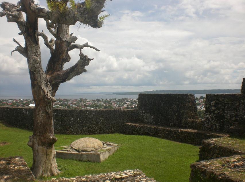 Daftar 5 Tempat Wisata Kendari Benteng Hingga Taman Laut Istana