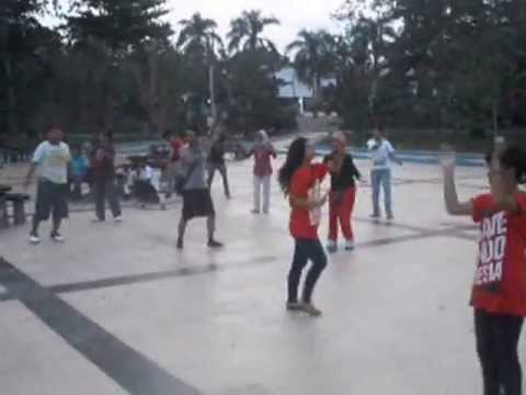 Save Indonesia Flashdance Taman Kota Kendari Youtube