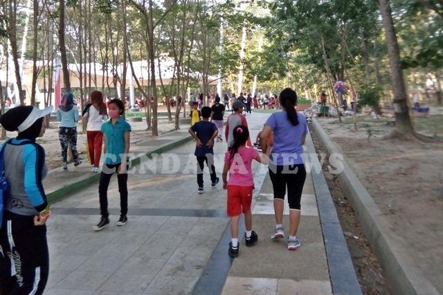 Taman Kota Kendari Sarana Olahraga Wisata Lokal Cendana News Jogging