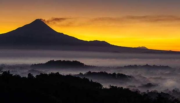 Magelang Rintis Wisata Pernikahan Berkonsep Unik Travel Tempo Gunung Merapi