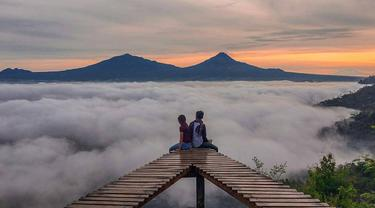 Punthuk Mongkrong Spot Sunrise Sunset Magelang Food Bintang Jakarta Letak