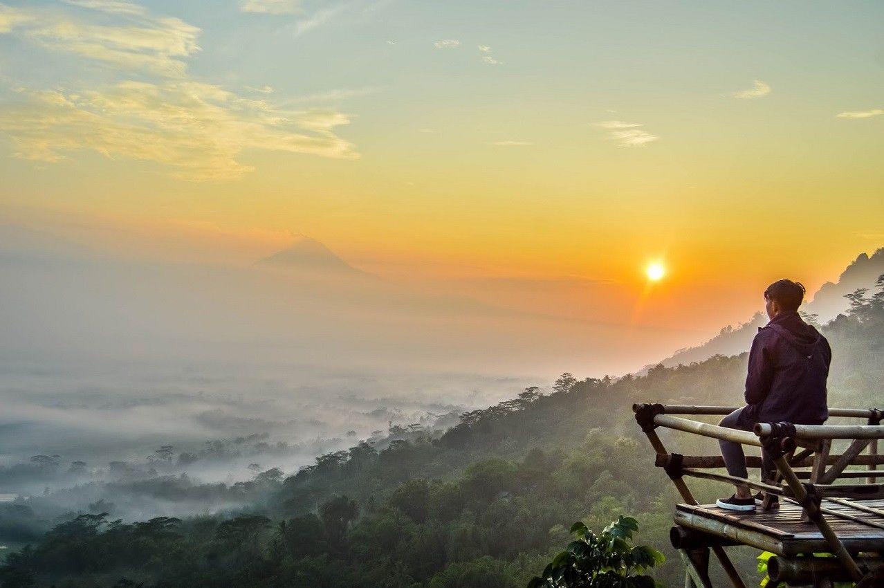 Sensasional Inilah 7 Spot Terbaik Berburu Sunrise Magelang Punthuk Mongkrong