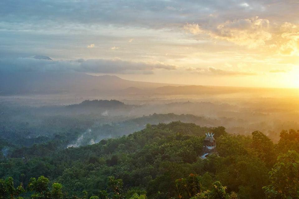 Wisata Panorama Sunrise Magelang Tak Kalah Punthuk Setumbu Mongkrong Kota