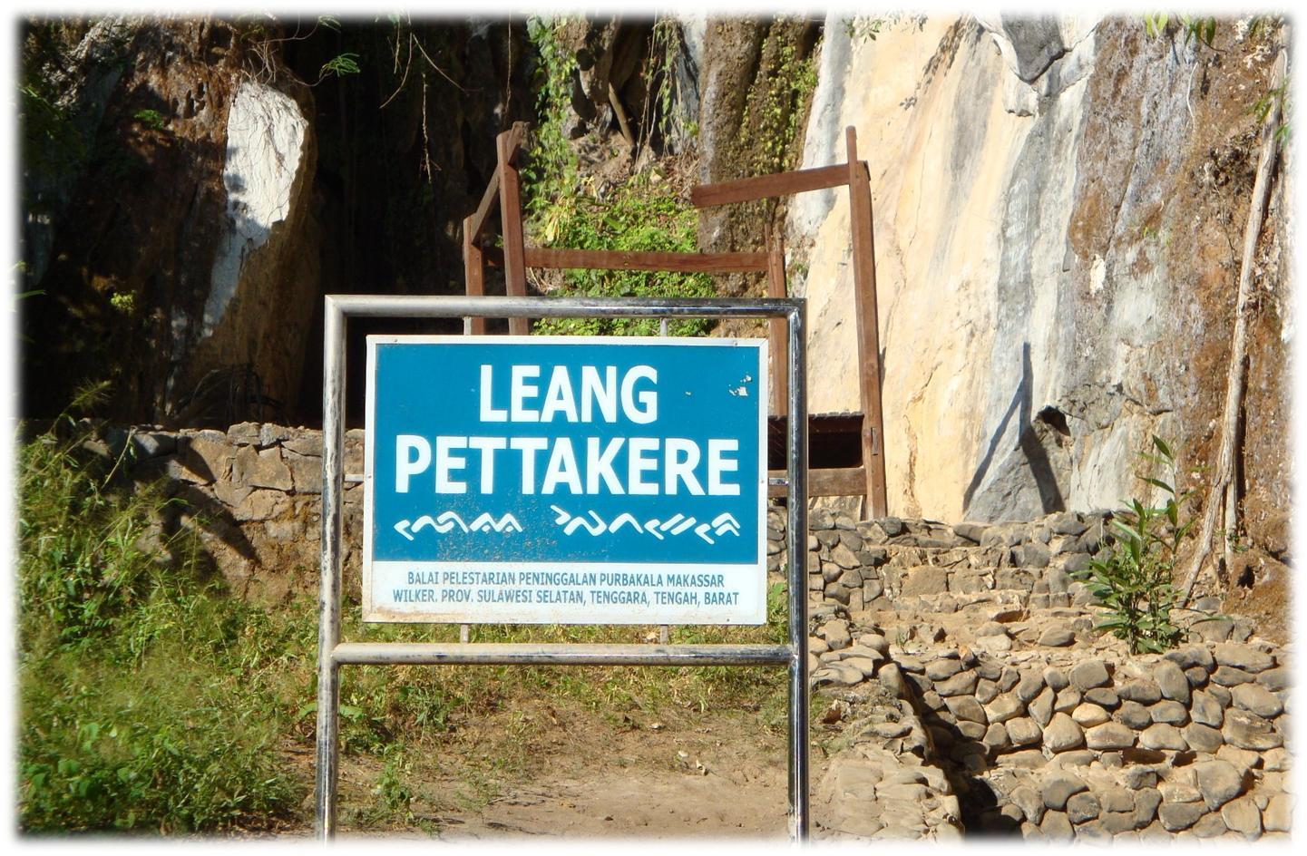 Rental Mobil Makassar Taman Purbakala Leang Arkeolog Bahkan Berpendapat Antara