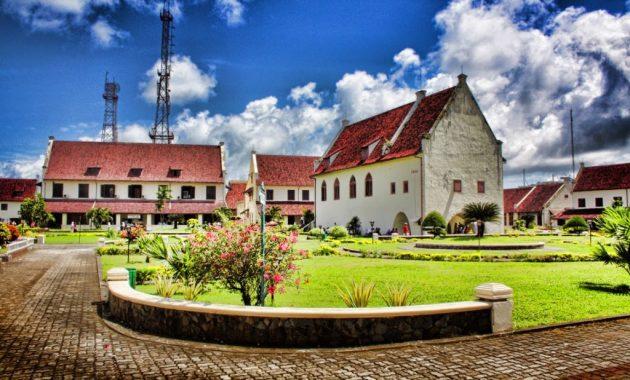 10 Gambar Benteng Fort Rotterdam Makassar Harga Tiket Masuk Lokasi