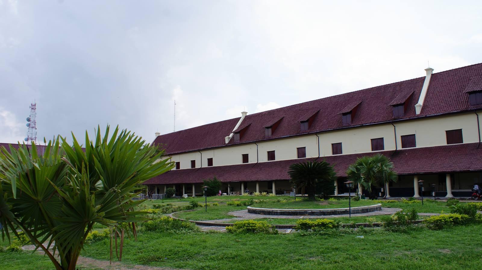 Benteng Fort Rotterdam Wisata Sejarah Makassar Catperku Kota