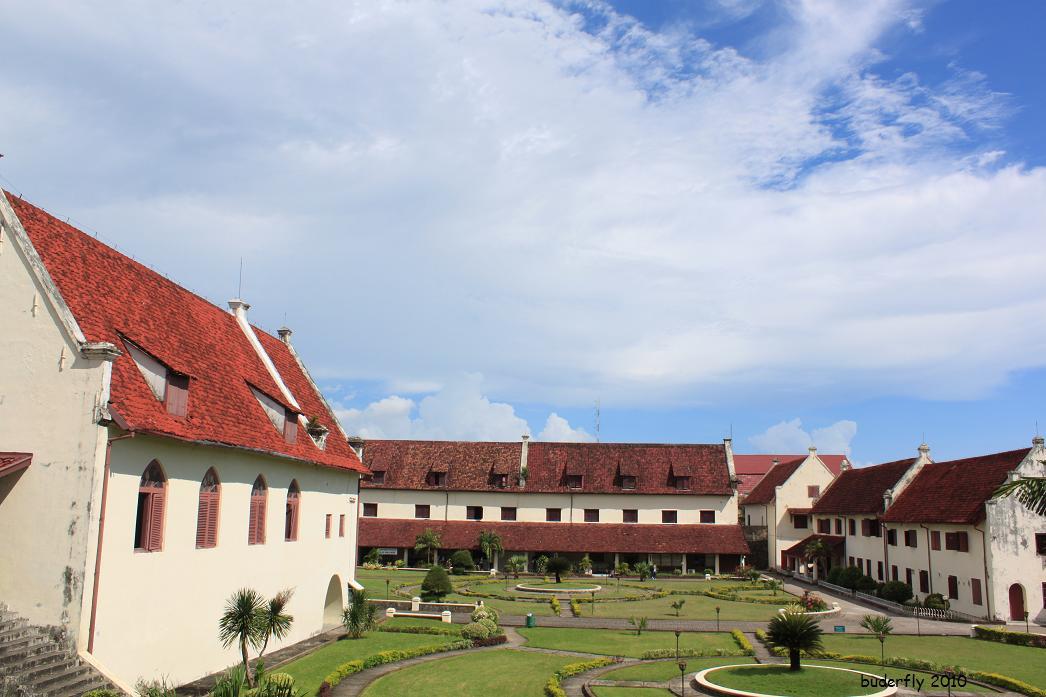 Benteng Rotterdam Menawan Makassar City Guide Fort Kota