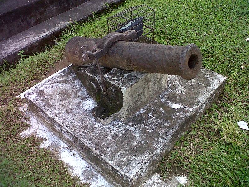 Wisata Sejarah Fort Rotterdam Makassar Bocah Petualang Meriam Benteng Kota