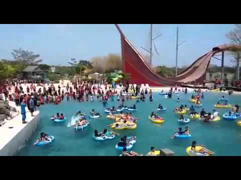 Kolam Ombak Bugis Waterpark Adventure Youtube Water Park Kota Makassar