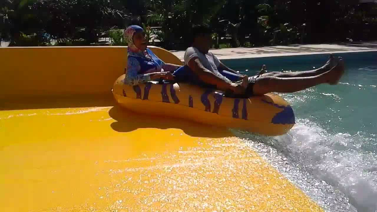 Bu Muda Waterboom Gowa Discovery Park Makassar Youtube Kota