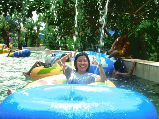 Kolam Arus Gowa Discovery Park Picture Kota Makassar
