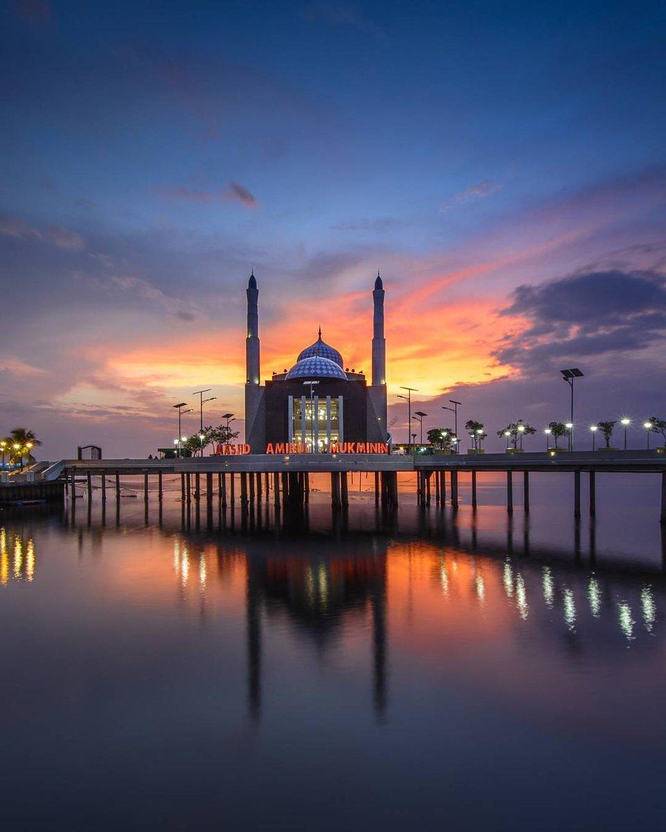 Makassar Guide Twitter Https Sguf0jbivz Masjid Amirul Mukminin Kota Sulawesi