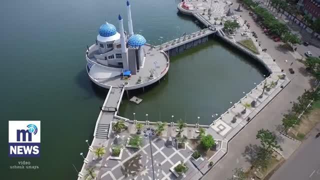 Mengintip Keindahan Masjid Terapung Makassar Vidio Amirul Mukminin Kota