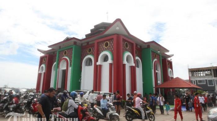Foto Suasana Masjid Cheng Hoo Tribun Timur Hoo2 20160701 231952