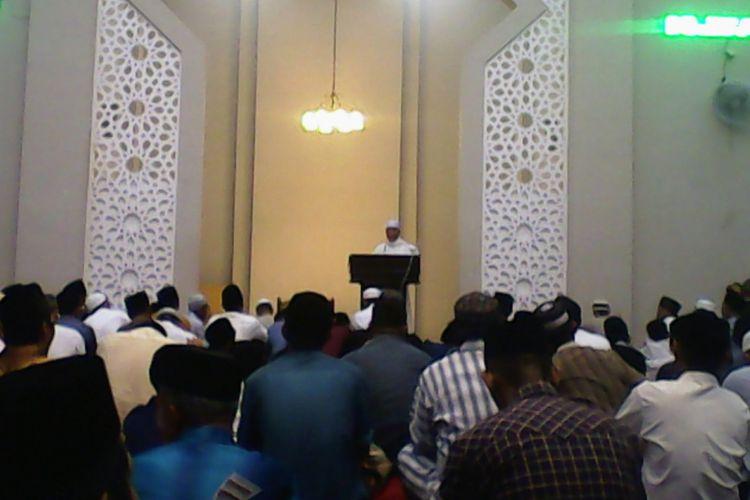 Keberagaman Masjid Cheng Hoo Makassar Kompas Hendra Cipto Jemaah Muhammad