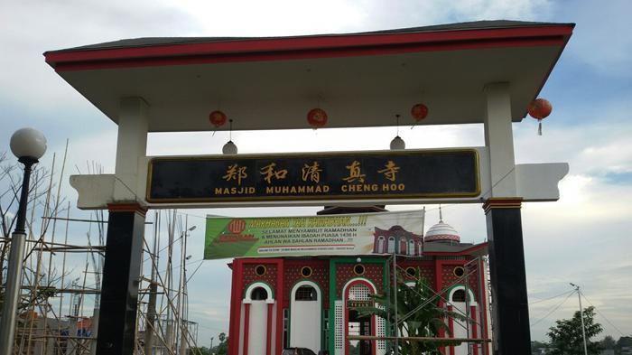 Mualaf Tionghoa Makassar Dirikan Masjid Muhammad Cheng Hoo Ceng Pintu