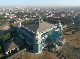10 Masjid Terindah Indonesia Berkembang Menjadi Pusat Pengembangan Ibadah Agama