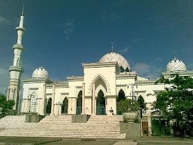 12 Traditional Food Makassar City Images Pinterest Masjid Raya Kota