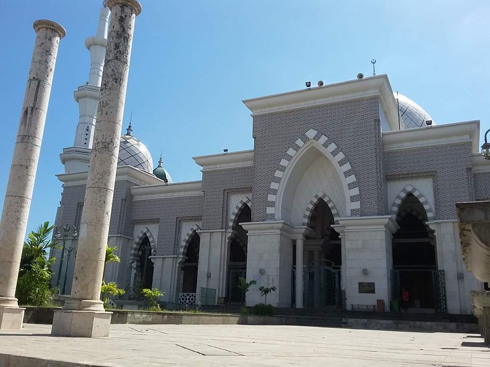 Jelajah Masjid Makassar Bukan Pajokka Raya Salah Satu Termegah Terbesar