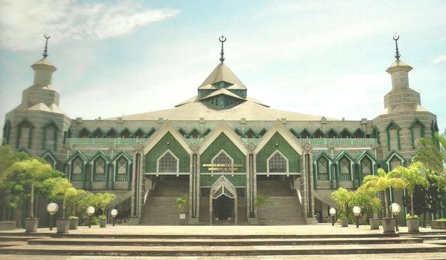Masjid Al Markaz Islami Makassar Dunia Jakarta Kebudayaan Islam Depan