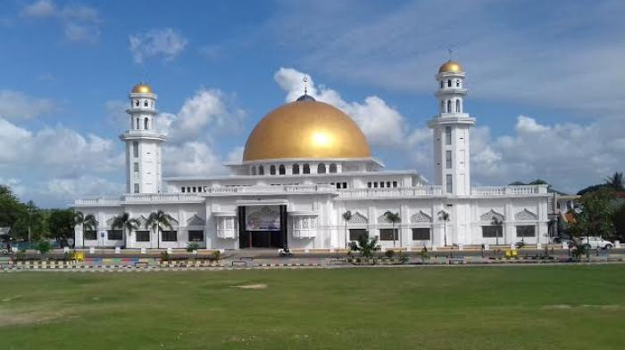 Masjid Raya Sengkang Ir Soekarno Tribun Timur 20160804 211928 Jpg