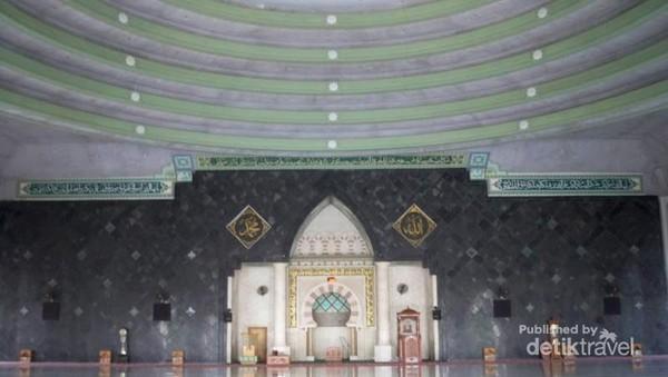 Menyambut Idul Fitri Masjid Raya Makassar Mesjid Bagian Kota