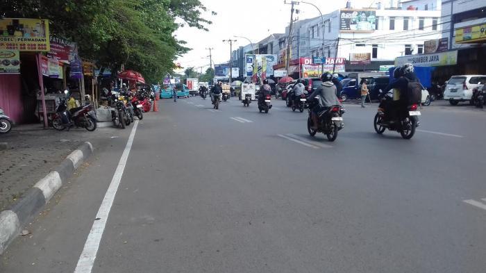 Pukul 15 30 Wita Jalan Masjid Raya Makassar Lancar Tribun