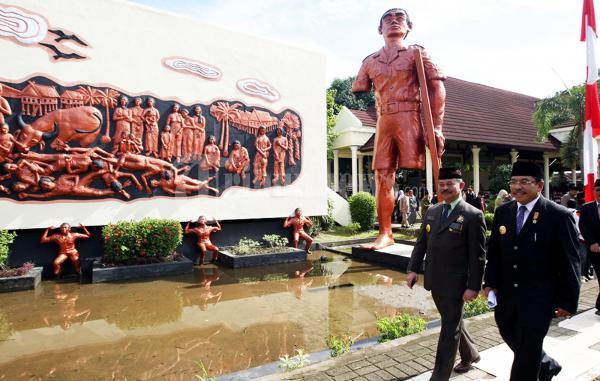 Gubernur Sulsel Peringatan Korban 40000 Jiwa Foto 2 10050 20111211