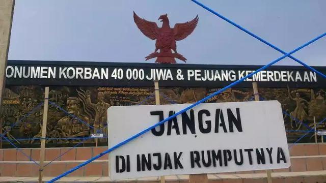 Kontroversi Pita Terbalik Burung Garuda Monumen 40 Ribu Jiwa Lambang