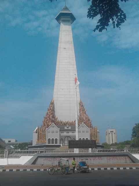 Berkunjung Kota Makassar Fadlyrahman Weblog Monumen Mandala Pembebasan Irian Barat