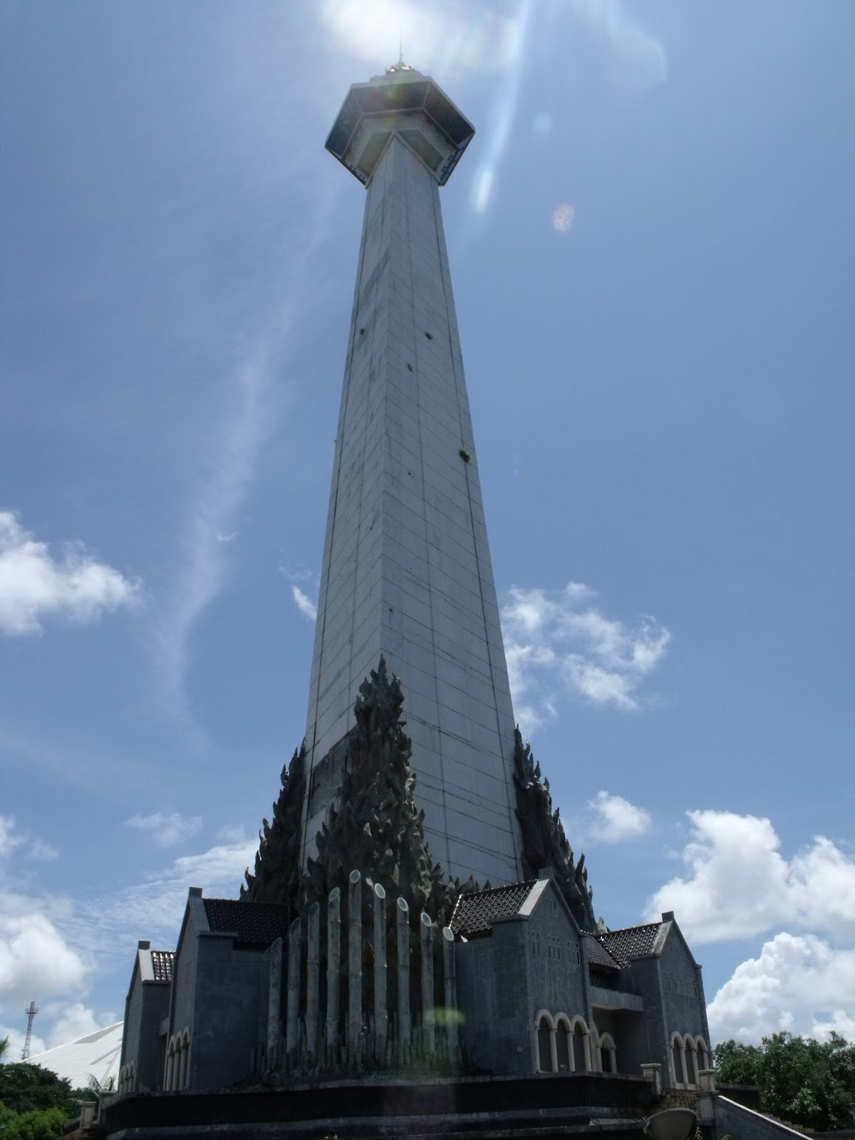 Indonesia Sketchers Makassar Sketch Sharing 14 Monumen Mandala Penghargaan Sekaligus