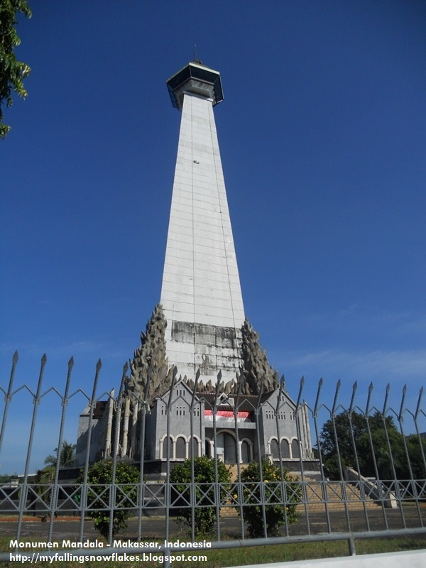 Monumen Mandala Makassar Indonesia Mapio Net Pembebasan Irian Barat Kota