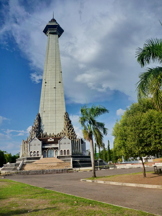 Sanctuary Makassar Monumen Mandala Pembebasan Irian Barat Penguasaan Belanda Sayangnya