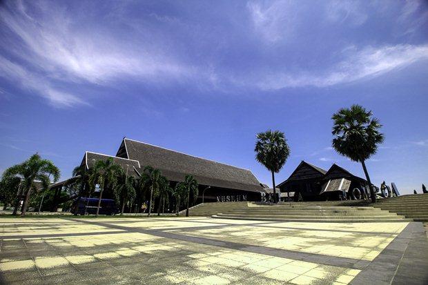 Cerita Kerajaan Gowa Museum Balla Lompoa Makassar Oke Kota