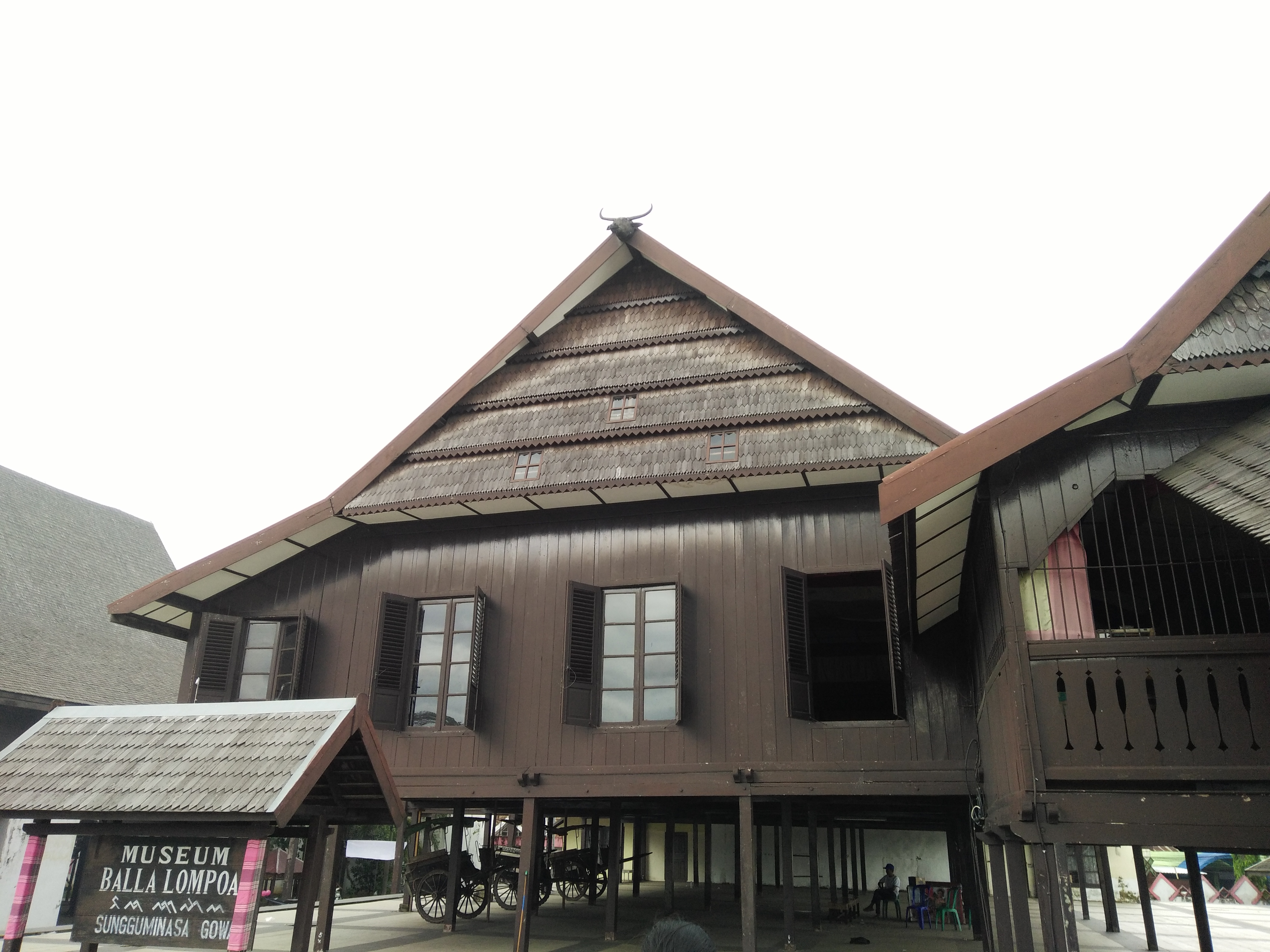 Day Field Trip Makassar Gowa Urtikhumaerah Museum Balla Lompoa Berbentuk