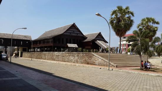 Museum Balla Lompoa Sulawesi Selatan Indonesia Review Kota Makassar