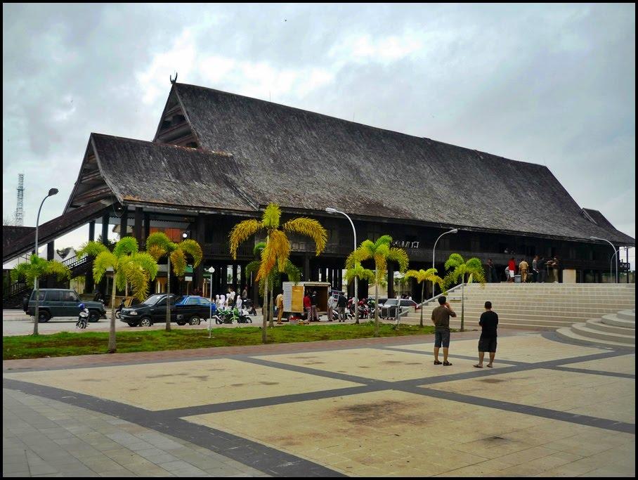 Tempat Wisata Keren Makassar Masuk List Destinasimu Museum Balla Lompoa