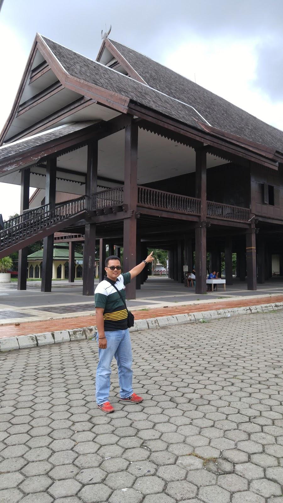 Wiyak Bumi Langit Museum Balla Lompoa Kabupaten Gowa Tersebut Bernama