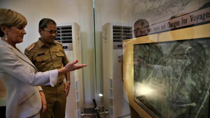 Foto Menlu Australia Kunjungi Museum Kota Makassar Tribun Timur