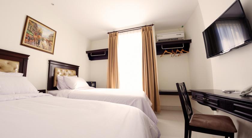 5 Hotel Murah Bagus Dekat Museum La Galigo Makassar Kamar