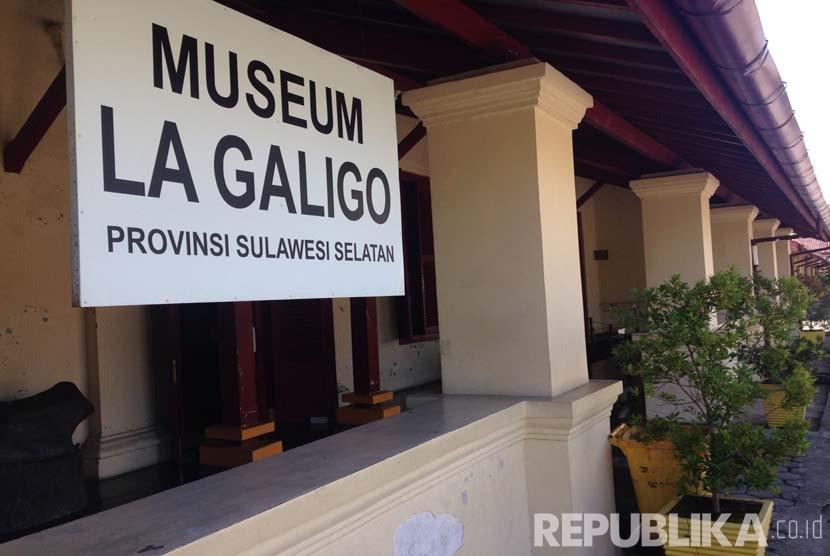 Museum La Galigo Gelar Pameran Kain Tradisional Republika Online Kawasan