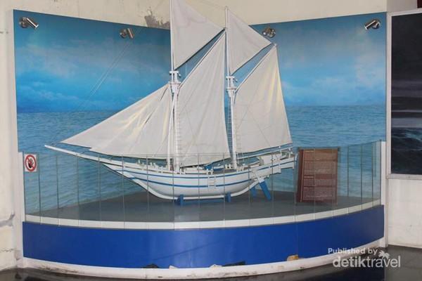 Wisata Sejarah Sulawesi Museum La Galigo Makassar Phinisi Simbol Pelaut
