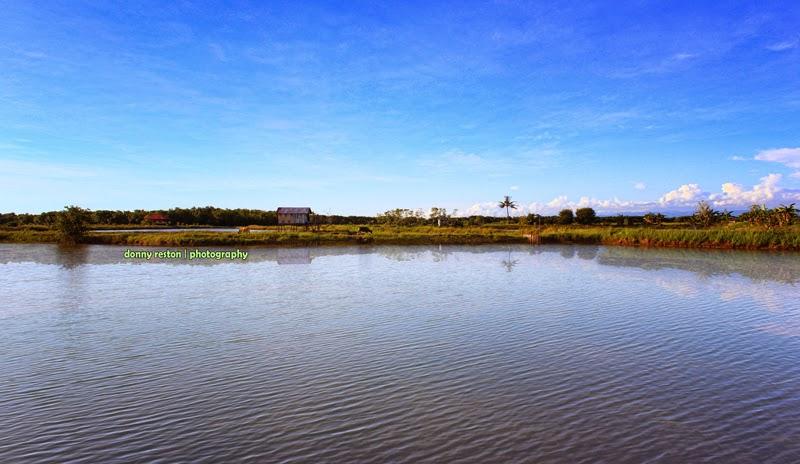 Pantai Kuri Caddi Kota Makassar
