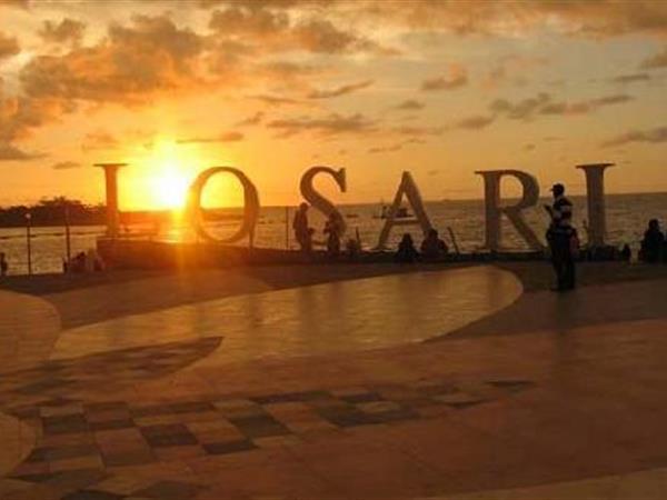 Losari Beach Swiss Belhotel Makassar Pantai Kota