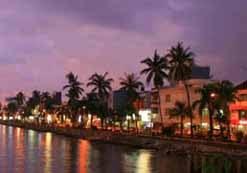 Obyek Wisata Indonesia Pantai Losari Dulu Terletak Jalan Penghibur Disebelah
