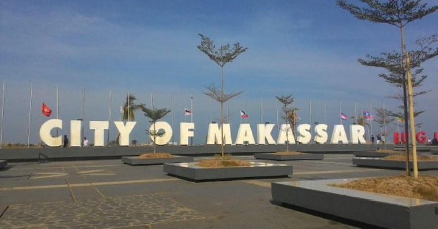 Pantai Losari Beritamks Kota Makassar