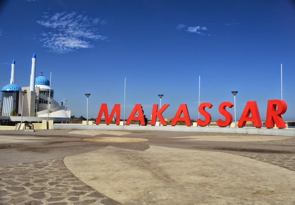 Pantai Losari Jadi Tempat Destinasi Religi Kota Makassar