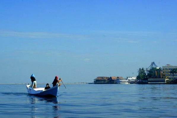 Pantai Losari Makassar Nuansa Khas Ikon Kebanggaan Kota Daeng Obyek