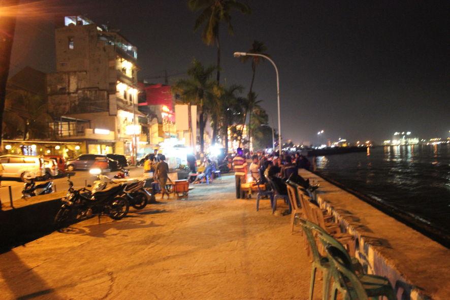 Pantai Losari Malam Hari Tempat Wisata Kota Makassar